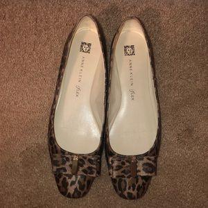 Anne Klein leopard Flats